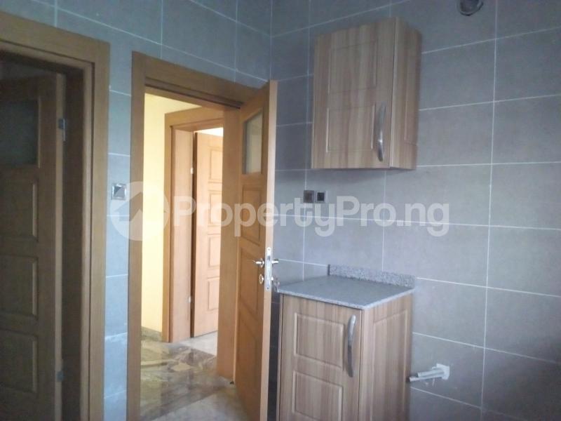 2 bedroom Flat / Apartment for sale Close to Domino's Pizza Ologolo Rd Lekki Phase 2 Lekki Lagos - 10