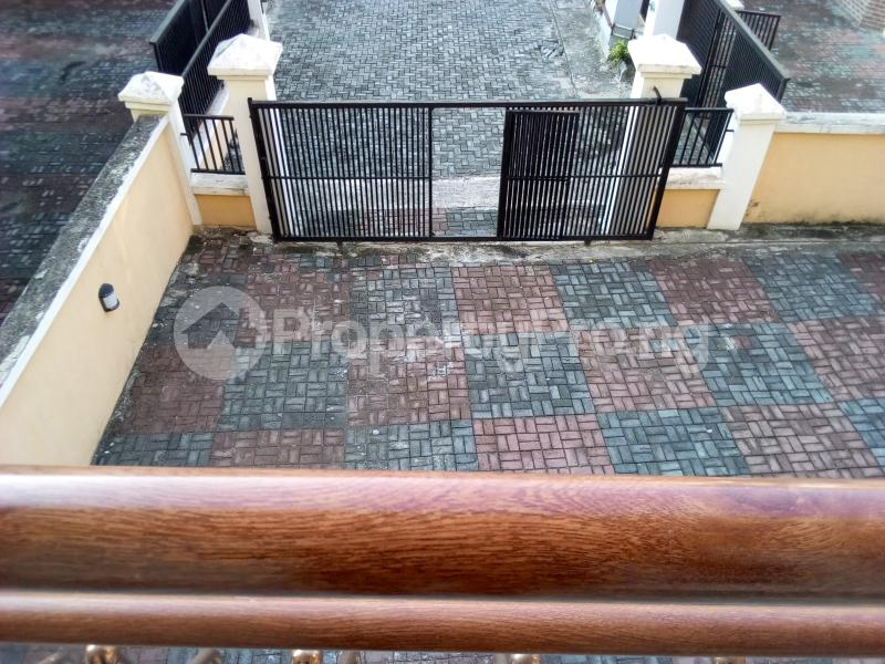 2 bedroom Flat / Apartment for sale Close to Domino's Pizza Ologolo Rd Lekki Phase 2 Lekki Lagos - 32