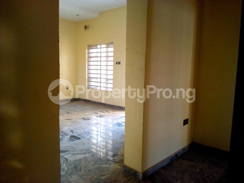 2 bedroom Flat / Apartment for sale Close to Domino's Pizza Ologolo Rd Lekki Phase 2 Lekki Lagos - 31