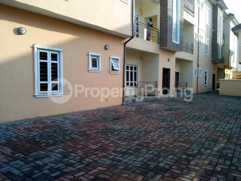 2 bedroom Flat / Apartment for sale Close to Domino's Pizza Ologolo Rd Lekki Phase 2 Lekki Lagos - 9