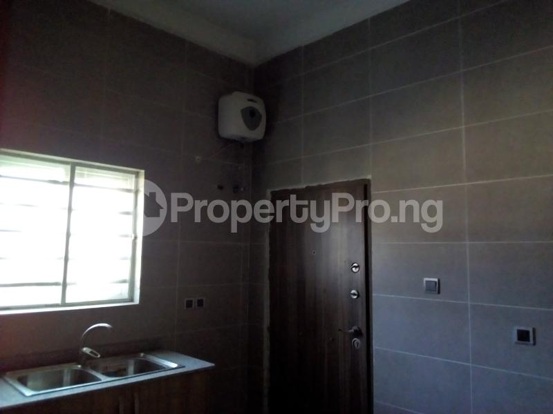 2 bedroom Flat / Apartment for sale Close to Domino's Pizza Ologolo Rd Lekki Phase 2 Lekki Lagos - 21