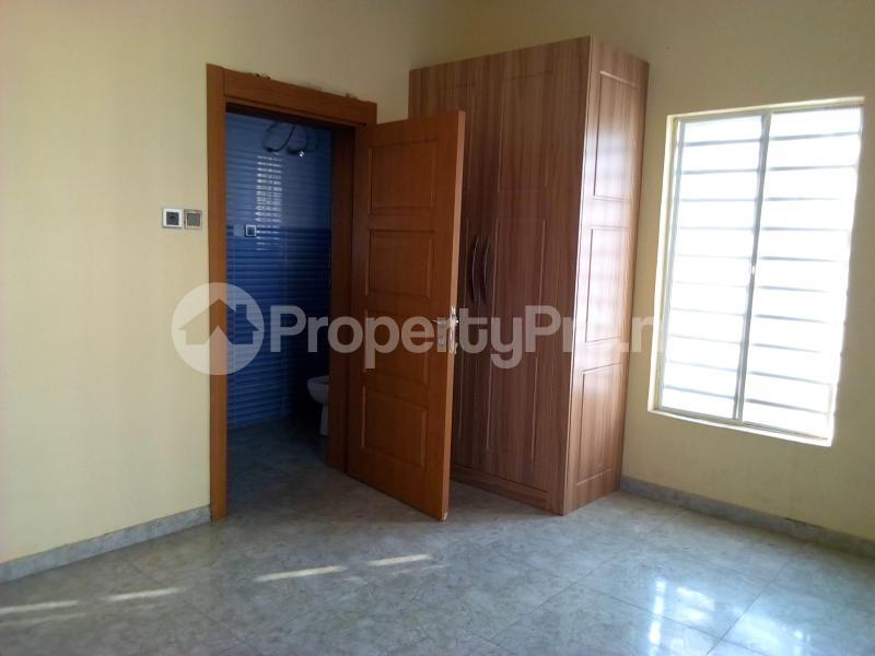 2 bedroom Flat / Apartment for sale Close to Domino's Pizza Ologolo Rd Lekki Phase 2 Lekki Lagos - 4