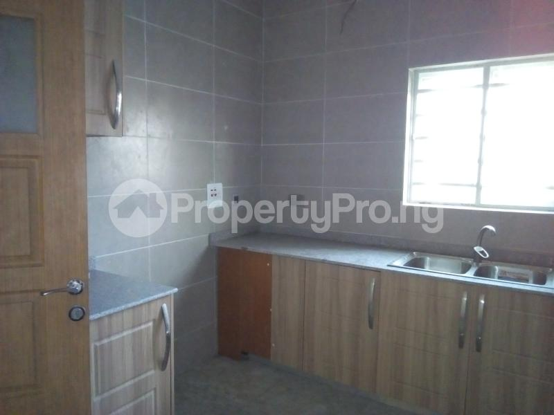 2 bedroom Flat / Apartment for sale Close to Domino's Pizza Ologolo Rd Lekki Phase 2 Lekki Lagos - 20