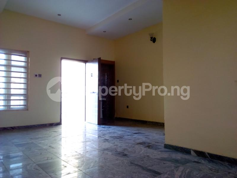 2 bedroom Flat / Apartment for sale Close to Domino's Pizza Ologolo Rd Lekki Phase 2 Lekki Lagos - 22