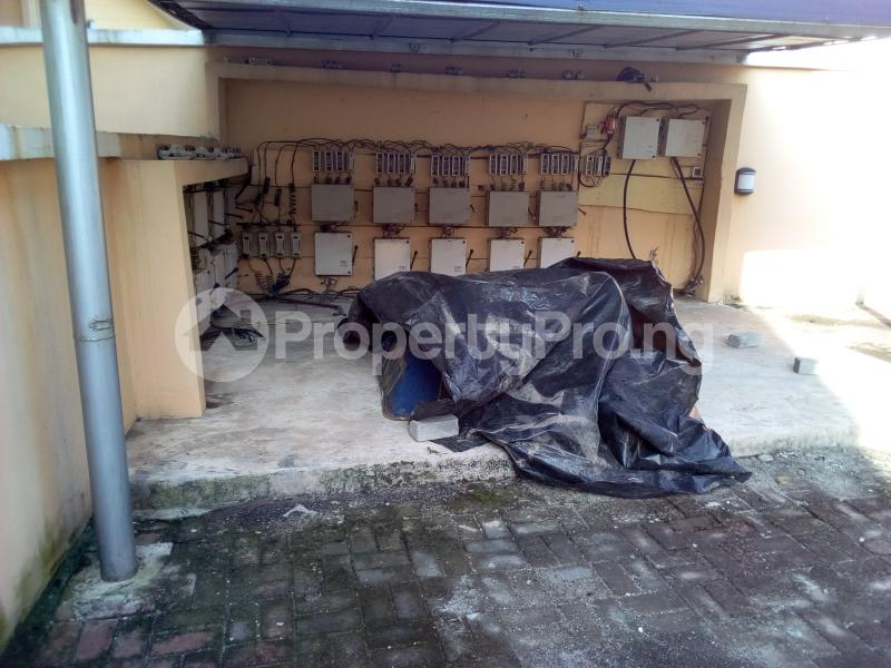2 bedroom Flat / Apartment for sale Close to Domino's Pizza Ologolo Rd Lekki Phase 2 Lekki Lagos - 15