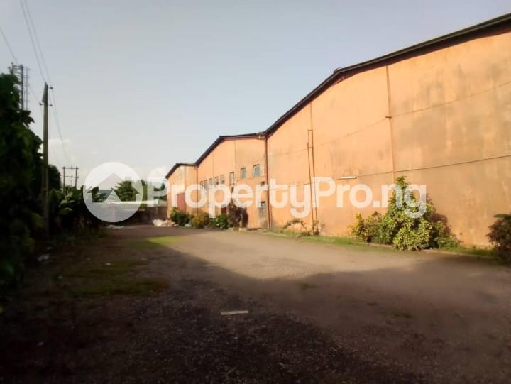 Warehouse Commercial Property for rent By estate busstop off Idiroko road (adjacent Federated Steel Mills) Idiroko Ado Odo/Ota Ogun - 5