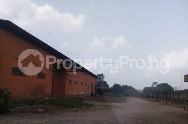 Warehouse Commercial Property for rent By estate busstop off Idiroko road (adjacent Federated Steel Mills) Idiroko Ado Odo/Ota Ogun - 1
