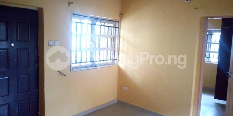 2 bedroom Boys Quarters Flat / Apartment for rent No 3, Olubunmi Ibitoye street ,Iyaganku GRA , Ibadan Iyanganku Ibadan Oyo - 7