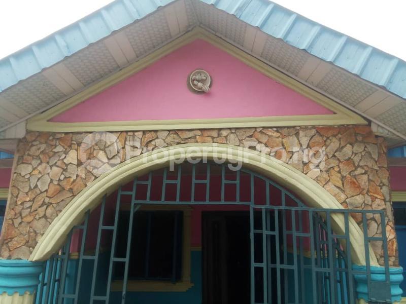 3 bedroom Semi Detached Bungalow House for sale No 45, Road H, Olaoluwa street, Igoba phase 3, off Ado road akure Akure Ondo - 10
