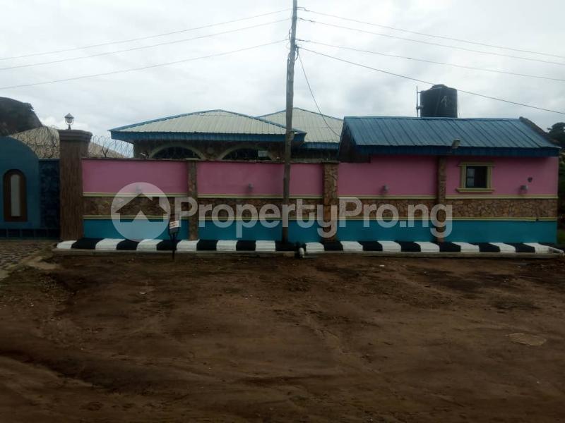 3 bedroom Semi Detached Bungalow House for sale No 45, Road H, Olaoluwa street, Igoba phase 3, off Ado road akure Akure Ondo - 5