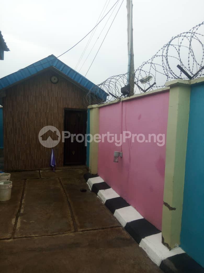 3 bedroom Semi Detached Bungalow House for sale No 45, Road H, Olaoluwa street, Igoba phase 3, off Ado road akure Akure Ondo - 3