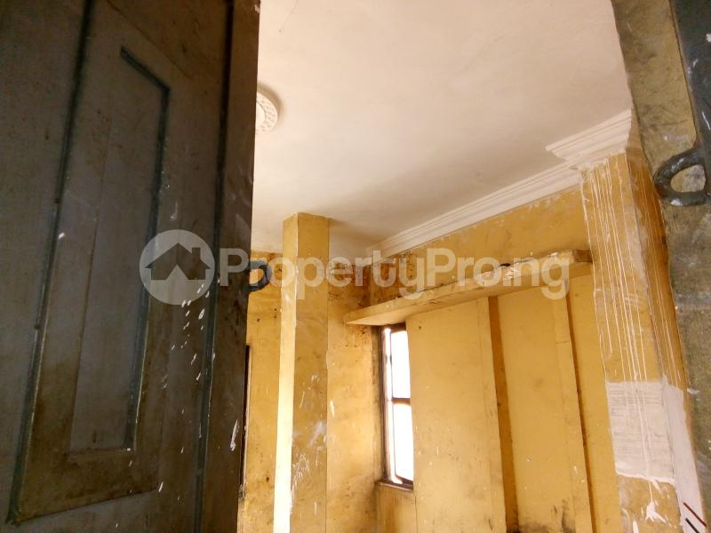 5 bedroom Office Space Commercial Property for rent 30, lkorodu road Jibowu Yaba Lagos - 4
