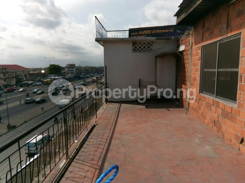 5 bedroom Office Space Commercial Property for rent 30, lkorodu road Jibowu Yaba Lagos - 2