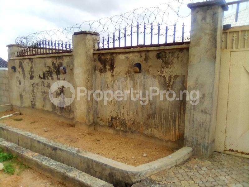 3 bedroom Detached Bungalow House for sale No.16 Makarfi EstTe Kaduna North Kaduna - 3