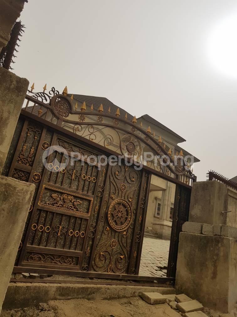 5 bedroom Detached Duplex House for sale in an estate in Gwarimpa Gwarinpa Abuja - 21