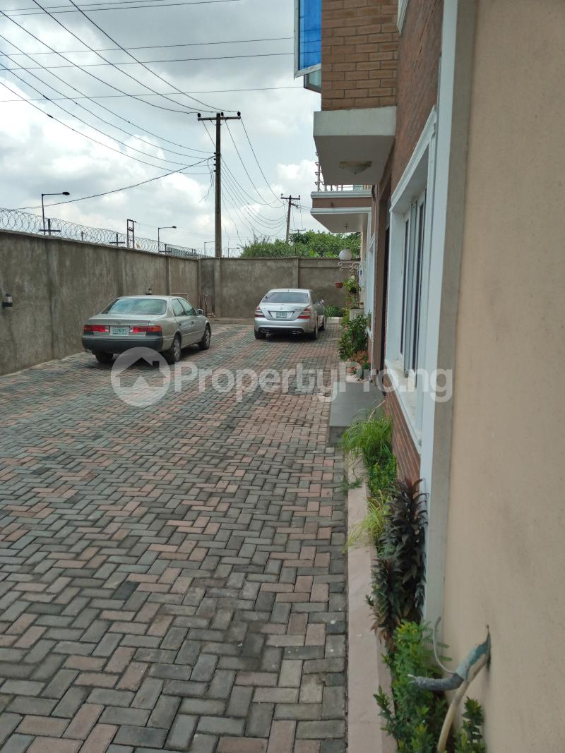 4 bedroom Blocks of Flats House for sale Talabi street off surulere industrial road Ogba Adeniyi jones Ogba Industrial Ogba Lagos - 10