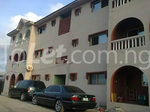 3 bedroom House for sale Off Vatican Beach.  Ogombo Ajah Lagos - 0