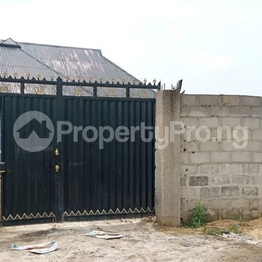 2 bedroom House for sale  Igboetche road off Rumukwurushi new layout Port Harcourt. Rumuokwurushi Port Harcourt Rivers - 2