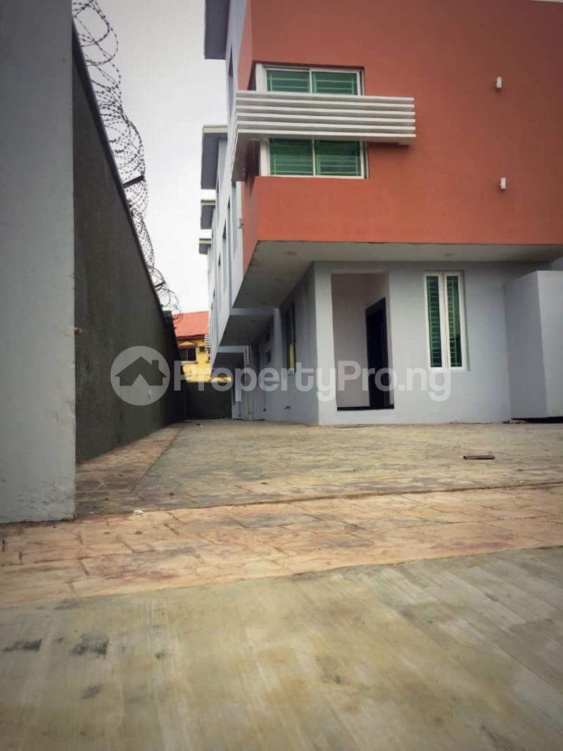 4 bedroom Terraced Duplex House for sale   Magodo GRA Phase 2 Kosofe/Ikosi Lagos - 3