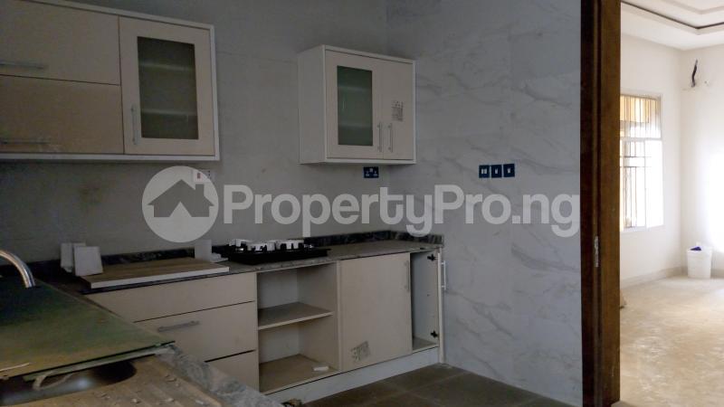 5 bedroom Semi Detached Duplex House for sale ONIRU Victoria Island Lagos - 37