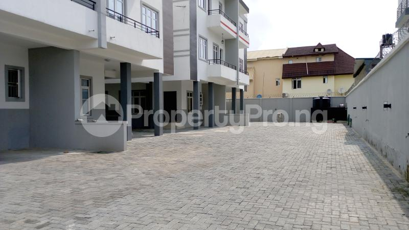 5 bedroom Semi Detached Duplex House for sale ONIRU Victoria Island Lagos - 47