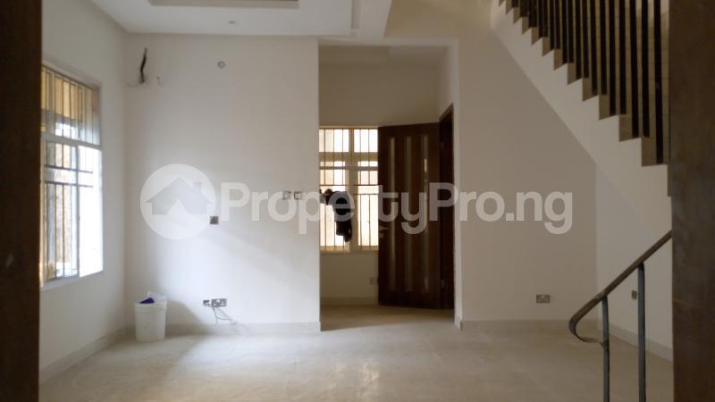 5 bedroom Semi Detached Duplex House for sale ONIRU Victoria Island Lagos - 38