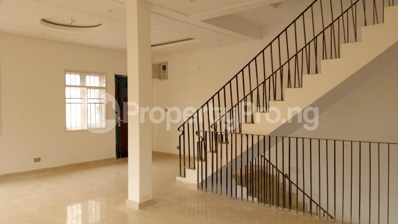 5 bedroom Semi Detached Duplex House for sale ONIRU Victoria Island Lagos - 23