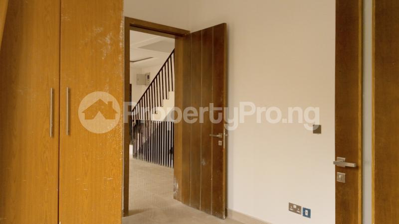 5 bedroom Semi Detached Duplex House for sale ONIRU Victoria Island Lagos - 19