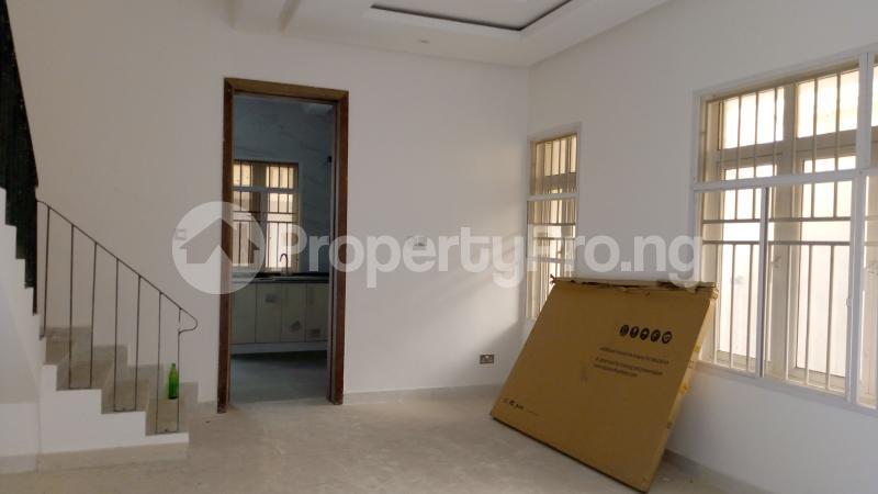 5 bedroom Semi Detached Duplex House for sale ONIRU Victoria Island Lagos - 40