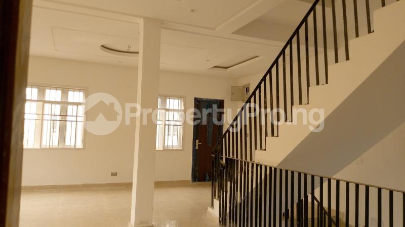 5 bedroom Semi Detached Duplex House for sale ONIRU Victoria Island Lagos - 18