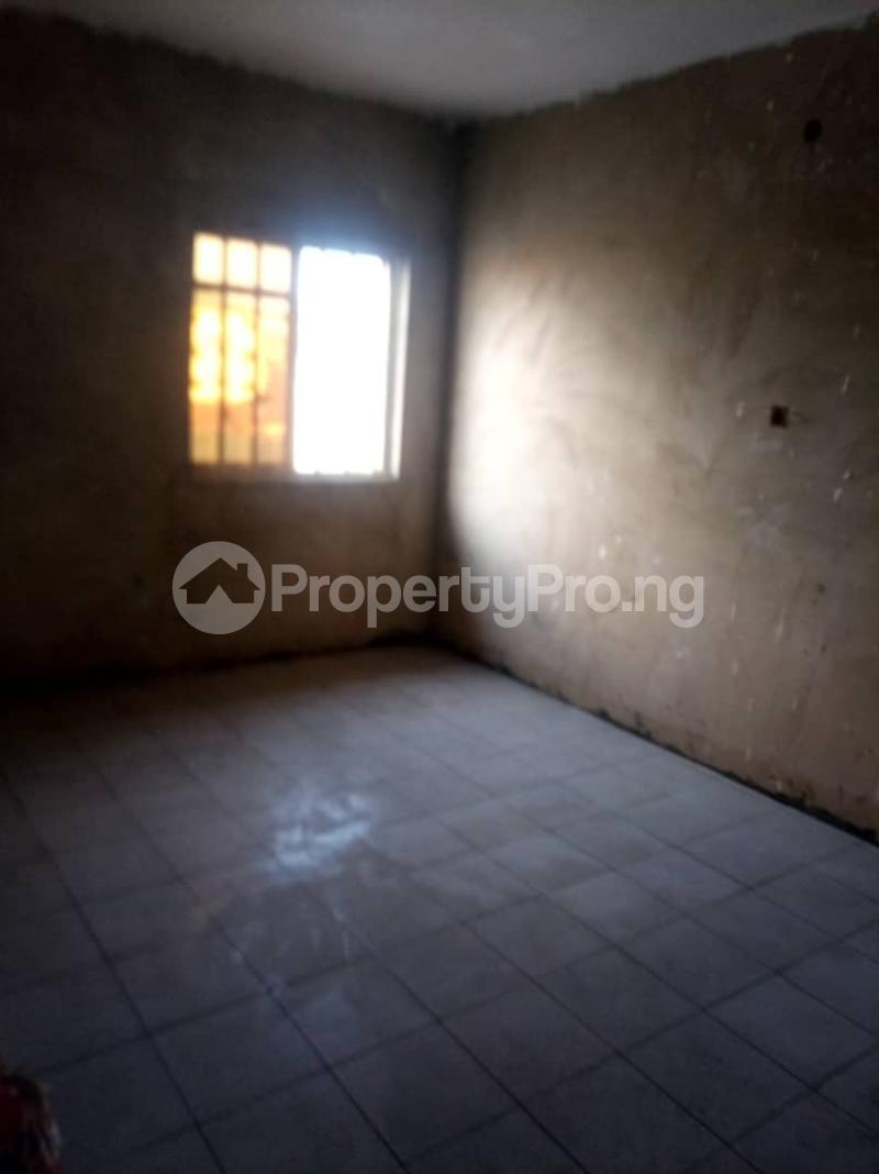 1 bedroom mini flat  Mini flat Flat / Apartment for rent Onipanu Shomolu Lagos - 3