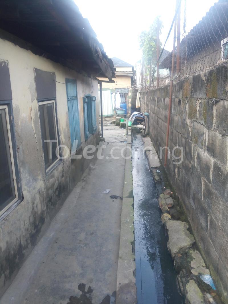 8 bedroom Detached Bungalow House for sale Ibadan street  Ebute Metta Yaba Lagos - 1