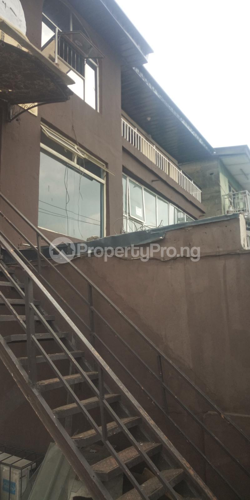 Church Commercial Property for rent Egbeda express road egbeda Lagos  Egbeda Alimosho Lagos - 3