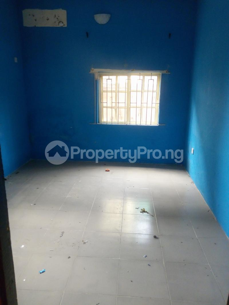 2 bedroom Flat / Apartment for rent - Itire Surulere Lagos - 6