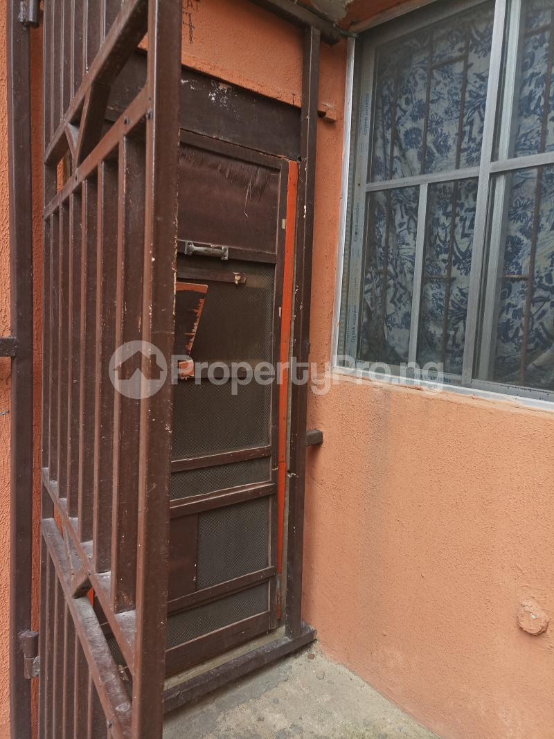 2 bedroom Boys Quarters Flat / Apartment for rent - Yaba Lagos - 11