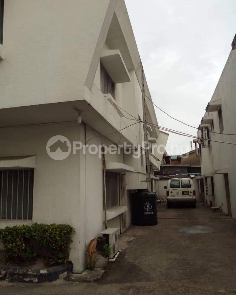 Detached Duplex House for sale Akin Ogunlewe street, Victoria Island Lagos - 2