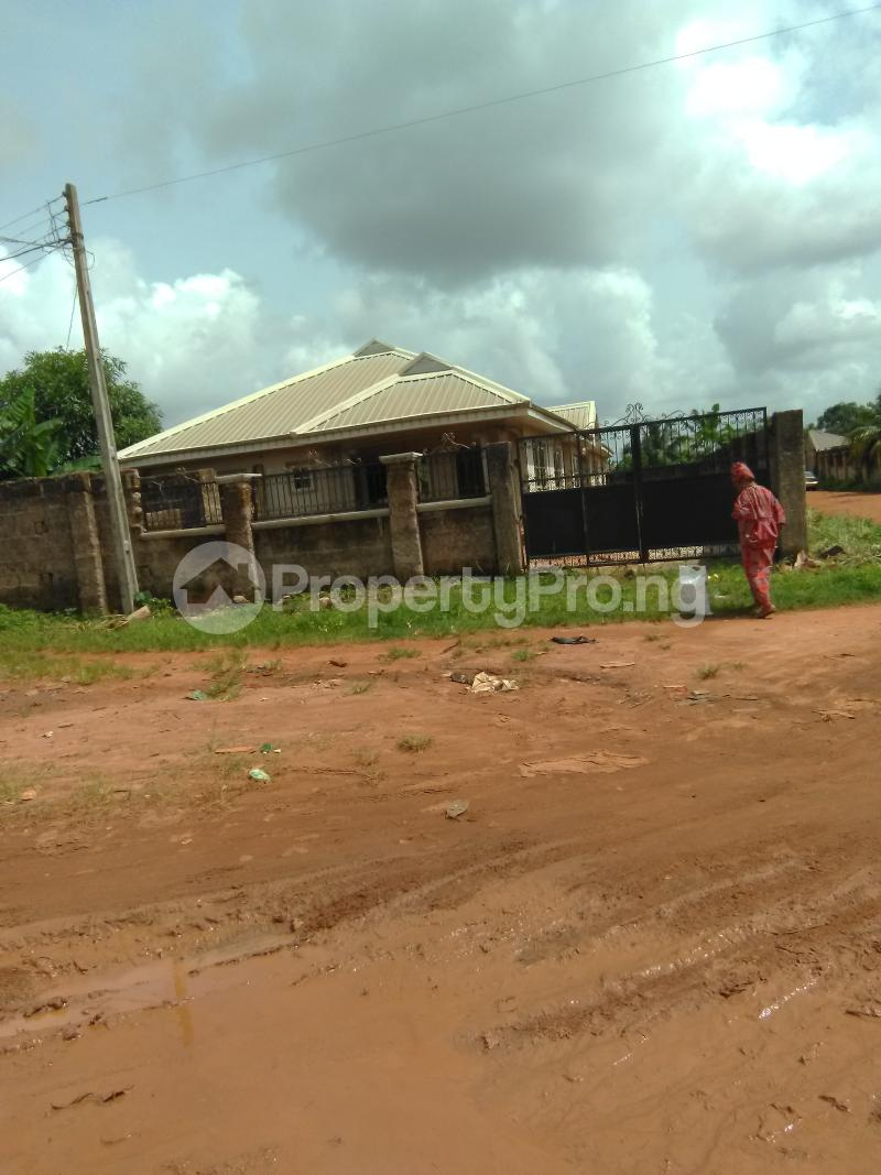 6 bedroom Detached Bungalow House for sale 6 sapele road Oredo Edo - 6