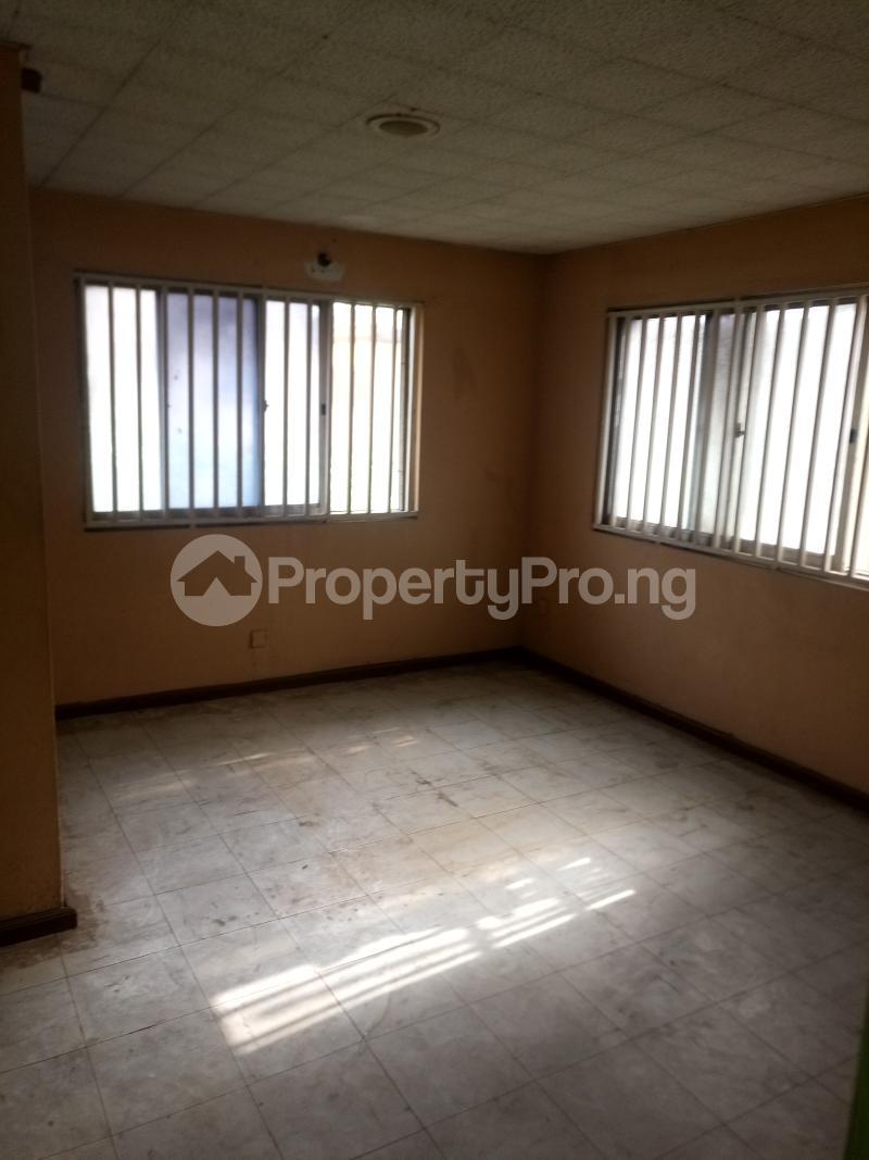 2 bedroom Flat / Apartment for rent Off Herbert Macaulay way Sabo Yaba Lagos - 0