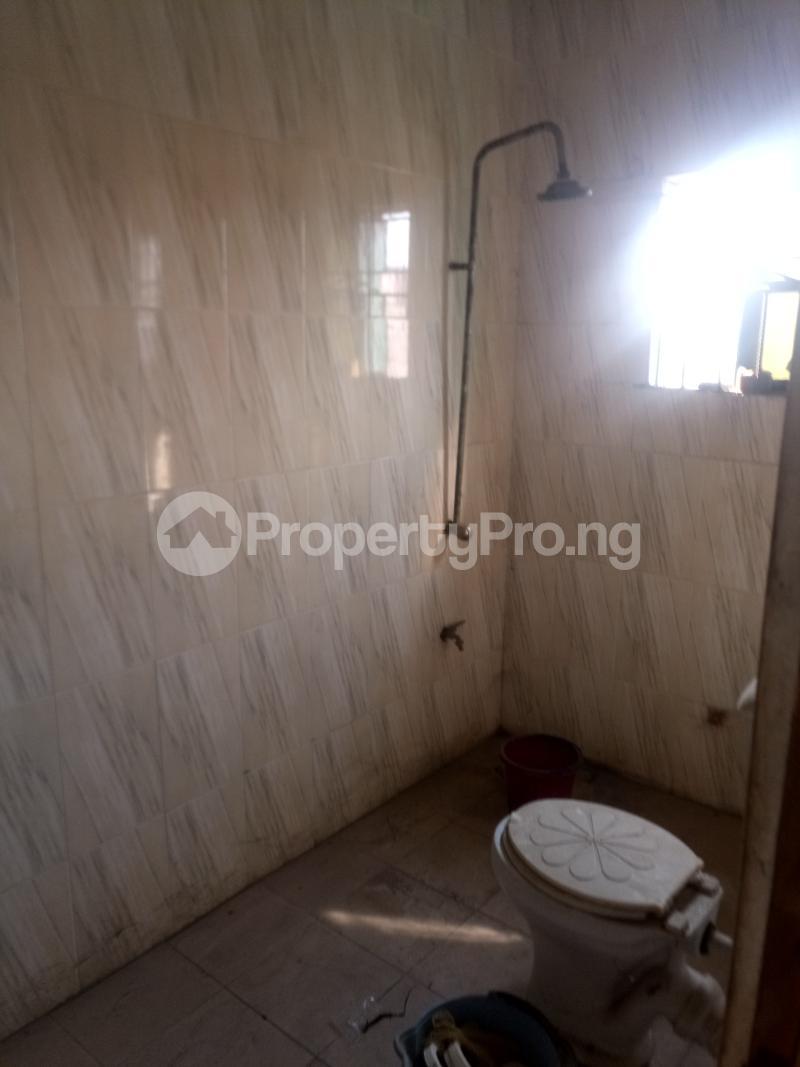 3 bedroom Flat / Apartment for rent Off Oworo Road Oworonshoki Gbagada Lagos - 5