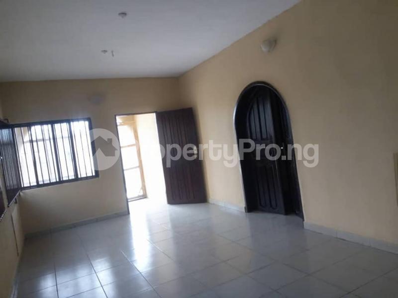 2 bedroom Blocks of Flats House for rent iyana ipaja, pleasure bus stop Abule Egba Lagos - 4