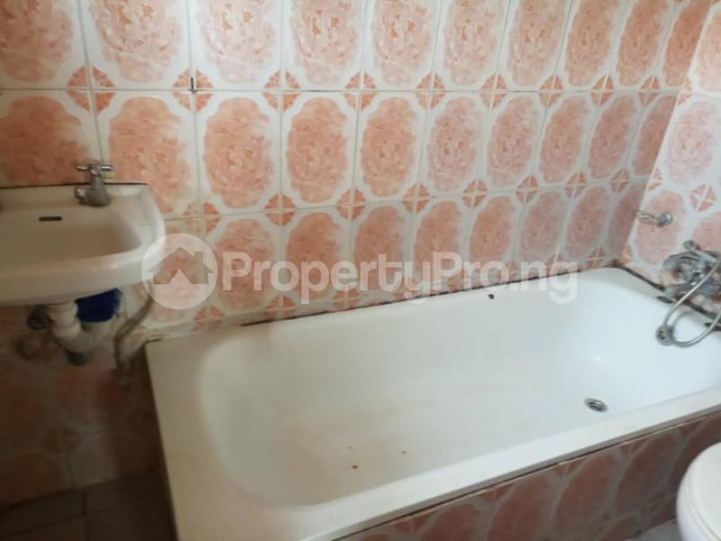 2 bedroom Blocks of Flats House for rent Cotonou Wuse 1 Abuja - 4