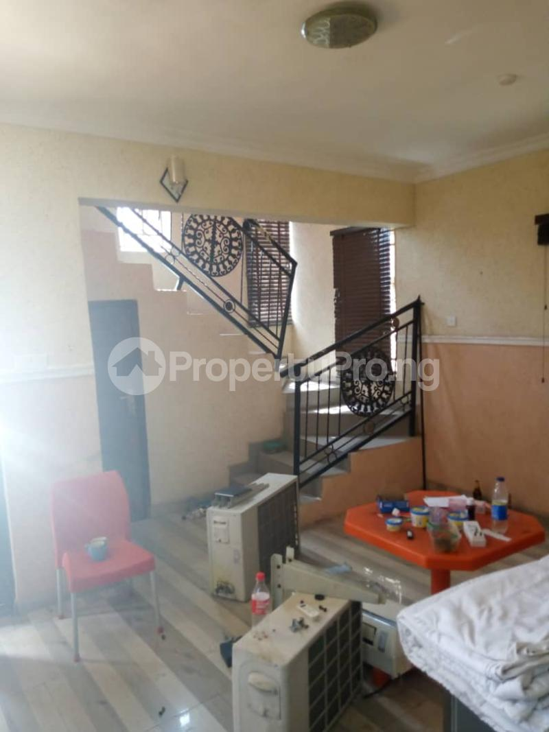 3 bedroom Flat / Apartment for rent elebu yidi oluyole Akala Express Ibadan Oyo - 2