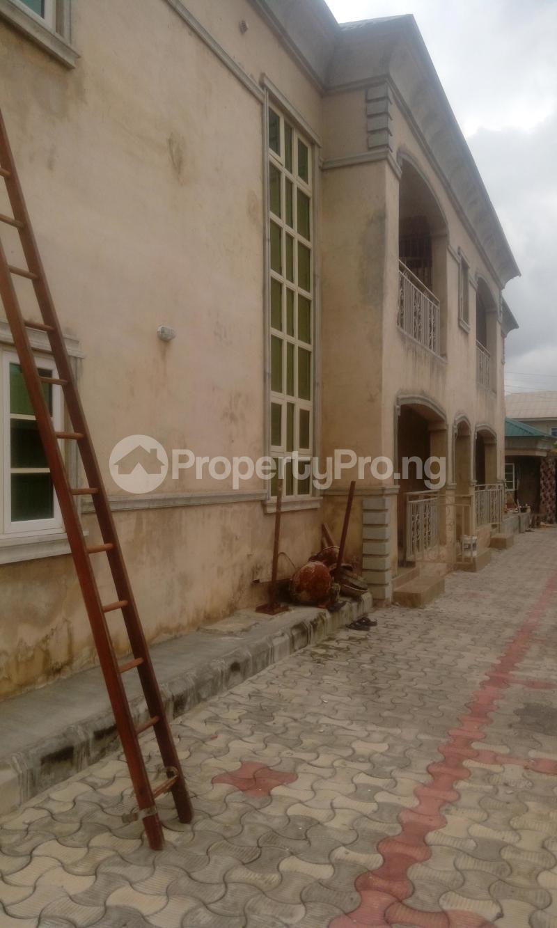 3 bedroom Flat / Apartment for rent ireakari estate Akala Express Ibadan Oyo - 1