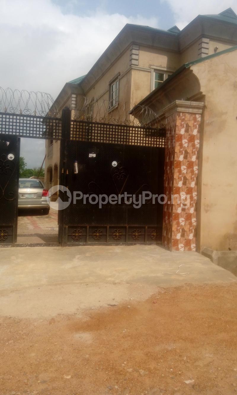 3 bedroom Flat / Apartment for rent ireakari estate  Akala Express Ibadan Oyo - 0