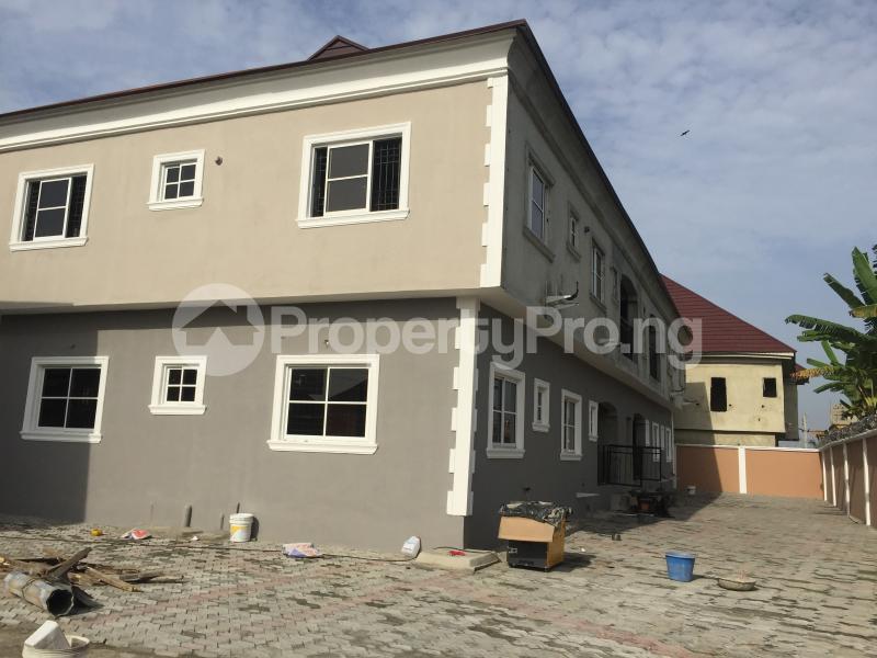 3 bedroom Mini flat Flat / Apartment for rent Majek Majek Sangotedo Lagos - 1