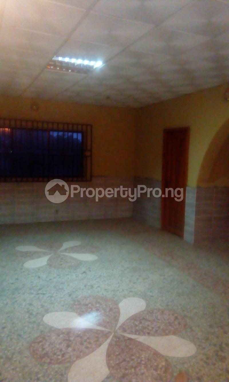 3 bedroom Flat / Apartment for rent close to sharpconer oluyole estate Oluyole Estate Ibadan Oyo - 1