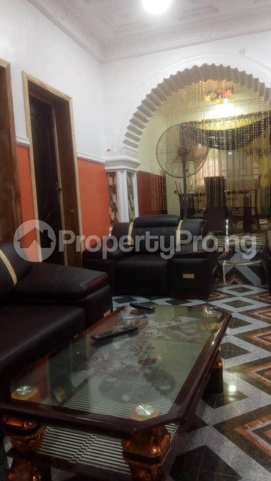4 bedroom Detached Bungalow House for sale Ologuneru  Eleyele Ibadan Oyo - 3