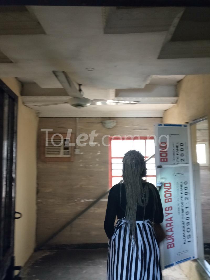 1 bedroom mini flat  Flat / Apartment for rent Odunsi Bariga Shomolu Lagos - 2