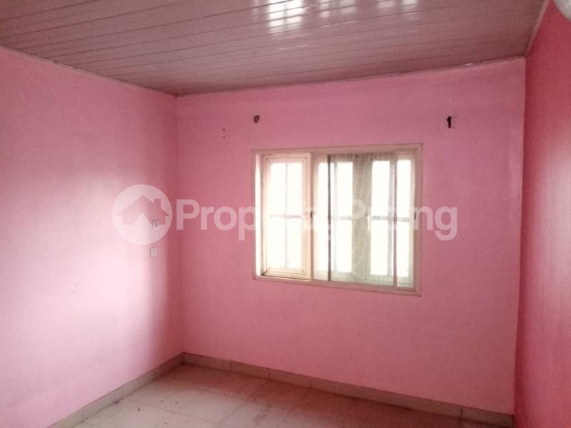 3 bedroom Flat / Apartment for rent Apata Shomolu Shomolu Lagos - 4