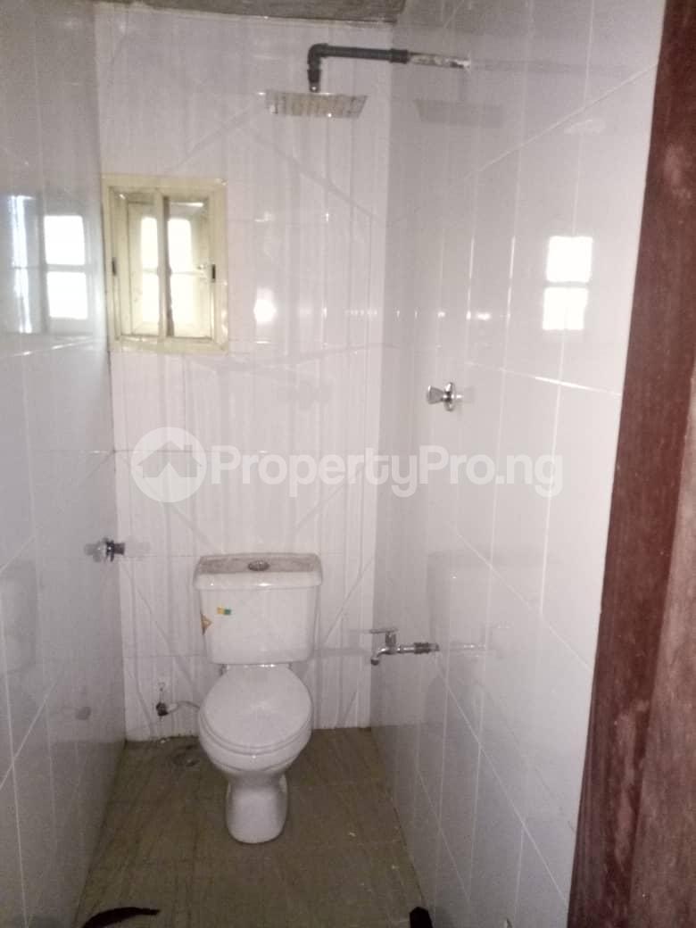 3 bedroom Flat / Apartment for rent Apata Shomolu Shomolu Lagos - 2